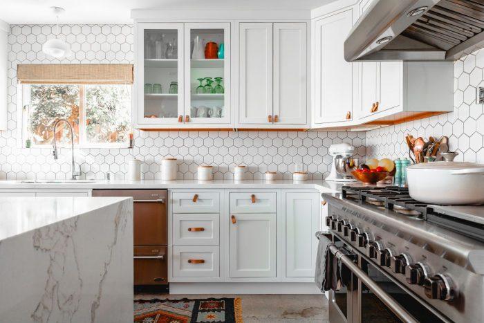 tips dapur cantik dengan kabinet keren