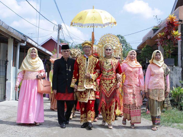 12 Tradisi Baralek Gadang